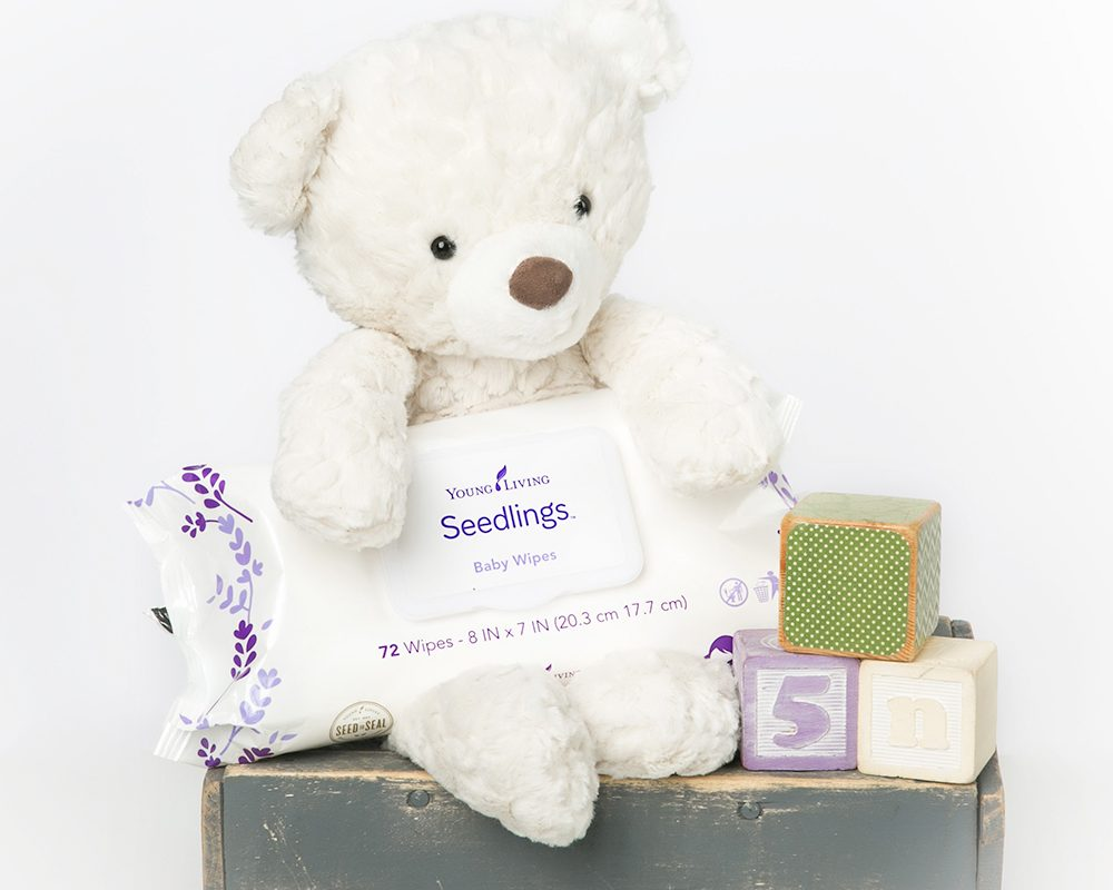 Keep Your Baby Safe And Clean With YL Seedlings Baby Wipes